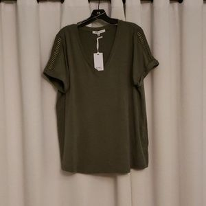 Rose & Olive 1X Green Blouse w/ Rad sleeves